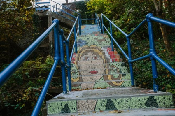 Mosaic Staircase Project